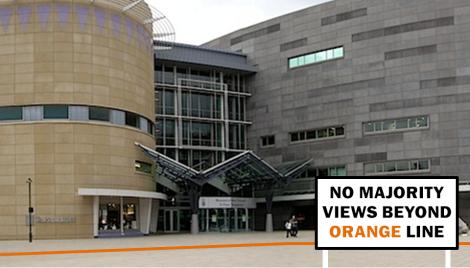 Te Papa - No Majority Views Beyond Orange Line